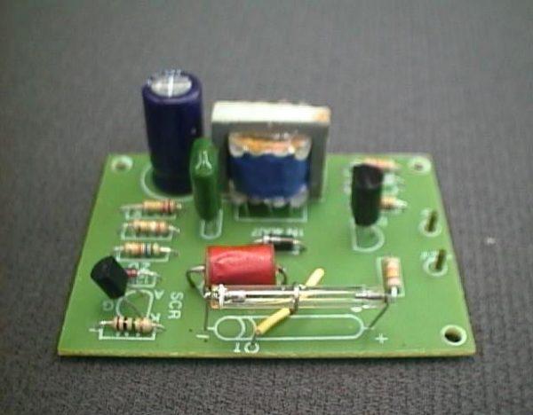 FK124 12V Xenon Flasher