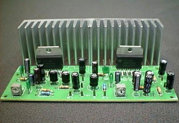 FK608 BTL 15 W Stereo Amp